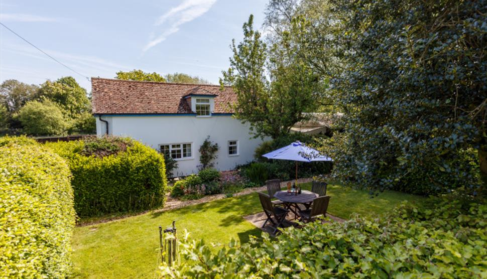 Carriage House Cottage - East End - Visit Hampshire