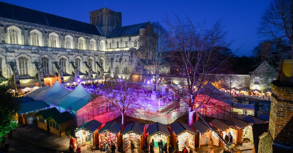 76ecf3ee56d18 Winchester Cathedral Christmas Market - Visit Hampshire