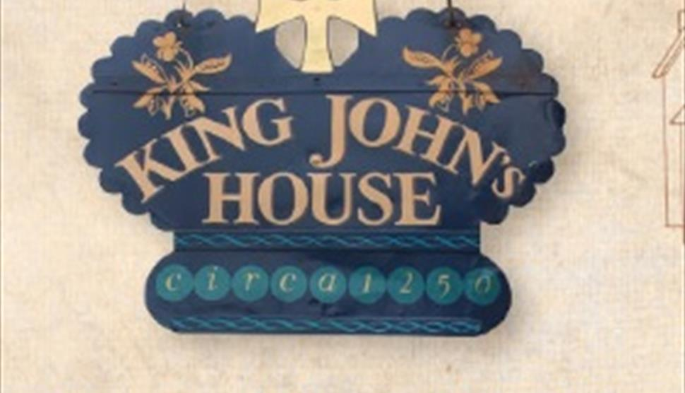 make your own fossils and dinosaur bones at king john s house
