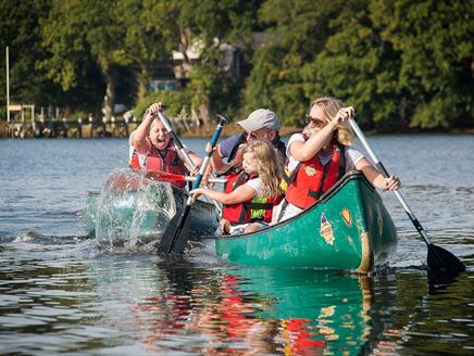 Family Canoeing with New Forest Activities
