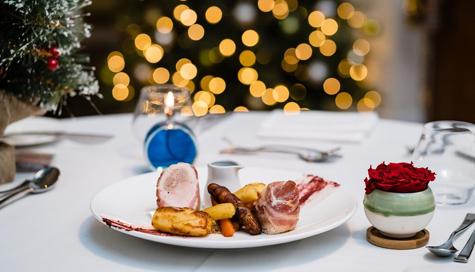 Christmas Lunch & Christmas Dinner at Oakley Hall Hotel