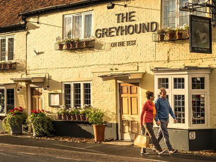 The Greyhound on the Test in Stockbridge