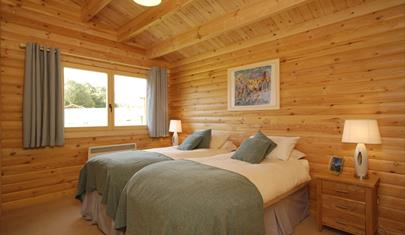 south winchester lodges bedroom