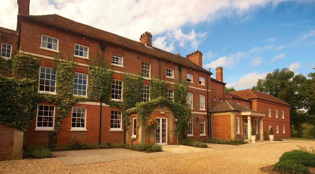 Find a Hotel In Hampshire