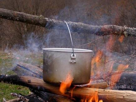 Family Bushcraft Cook Your Own Lunch at Sir Harold Hillier Gardens