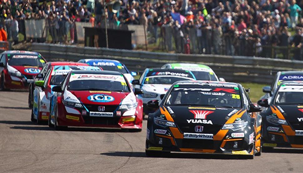 Dunlop MSA British Touring Car Championship at Thruxton