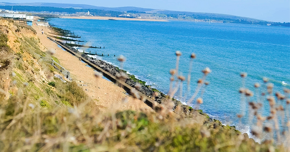 Milford On Sea Explore Hampshire S Cities Towns Coast
