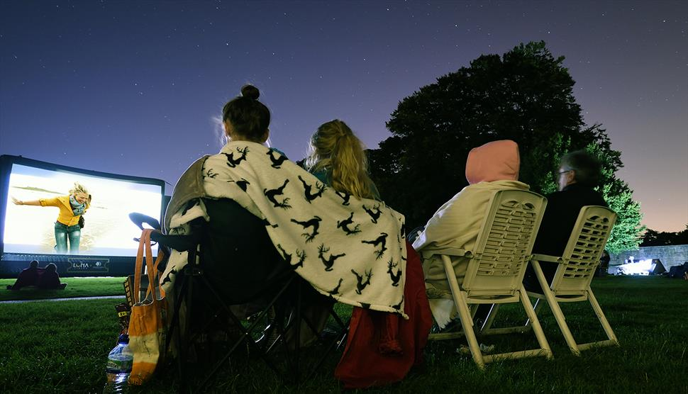 Outdoor Cinema: The Greatest Showman at The Vyne