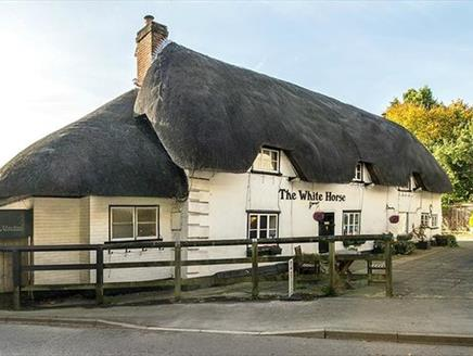 The White Horse Inn & Restaurant, Thruxton